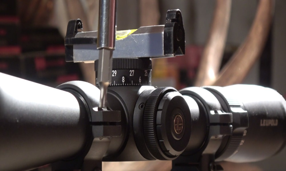 How to Mount a Rifle Scope With Perfectly Vertical Crosshairs